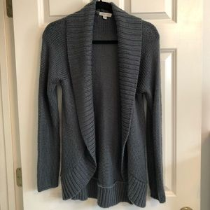 Silence + Noise grey open front cardigan in M